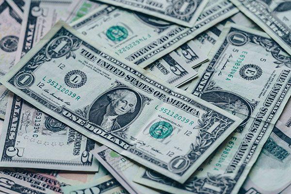 REW 69 Stephanie Walters | What The Wealthy Do